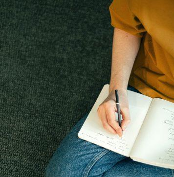 l'importance d'écrire à la main
